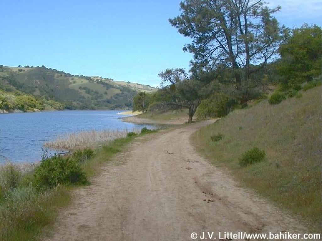Bay area hiker del valle regional park for Lake del valle fishing report