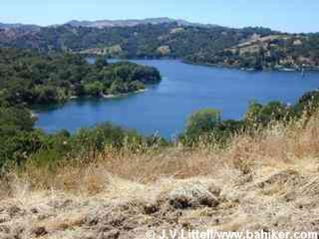 Lafayette Reservoir, from Rim Trail